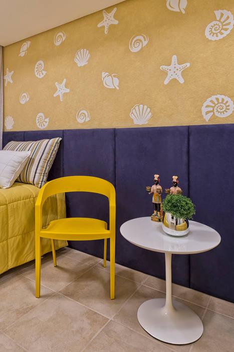Casa em Jurerê Internacional - SC - Brasil Quarto infantil clássico por Samara Barbosa Arquitetura Clássico