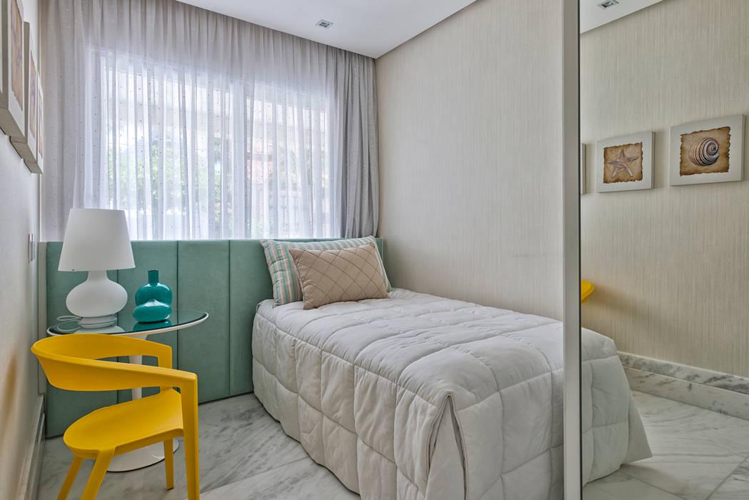 Bedroom by Samara Barbosa Arquitetura, Classic