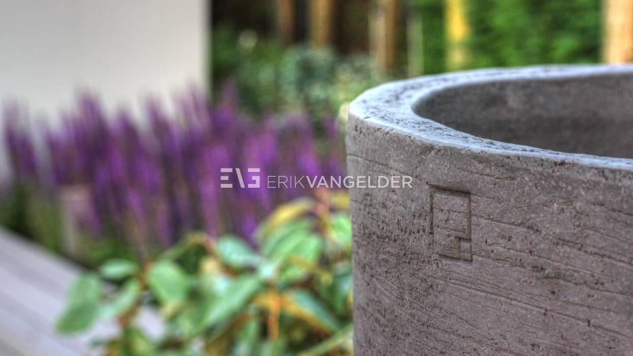 Buitenpotten handwerk:   door ERIK VAN GELDER | Devoted to Garden Design, Minimalistisch