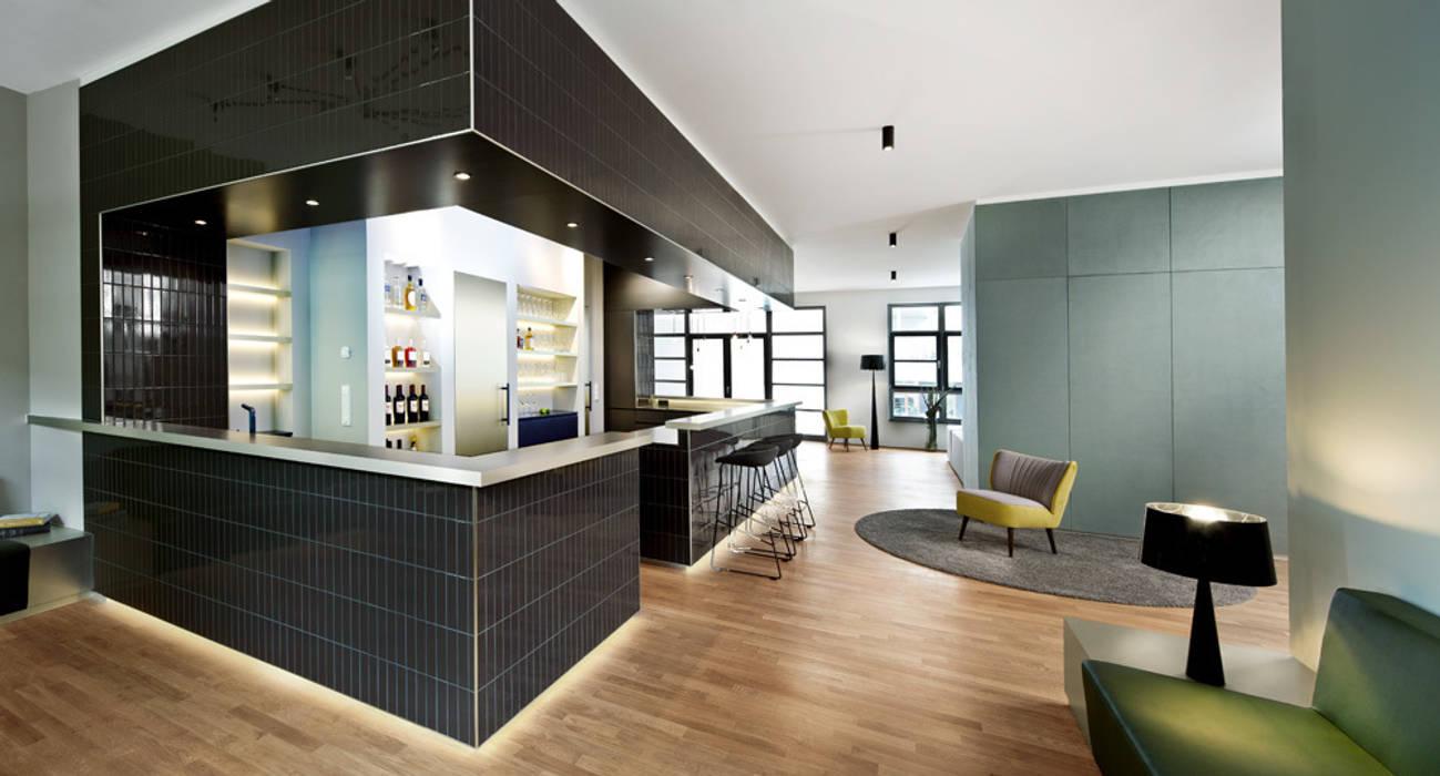 Cityloft Berlin Modern Kitchen by DITTEL ARCHITEKTEN GMBH Modern