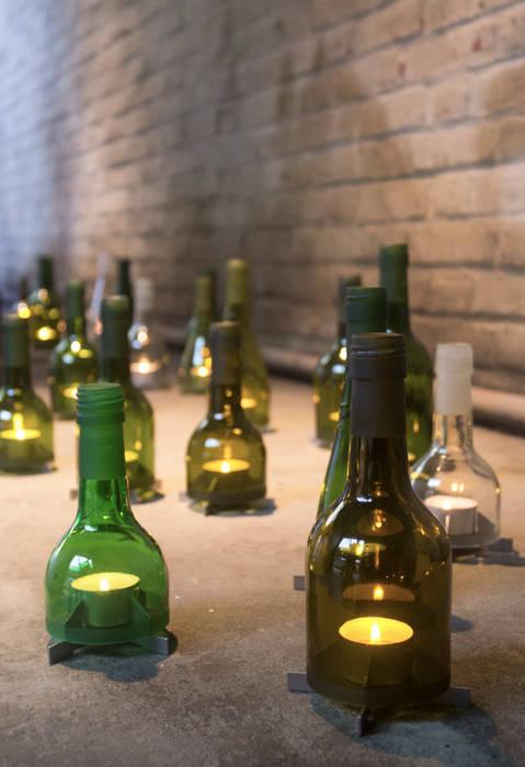 Bottle Holder:  Woonkamer door LUCAS & LUCAS