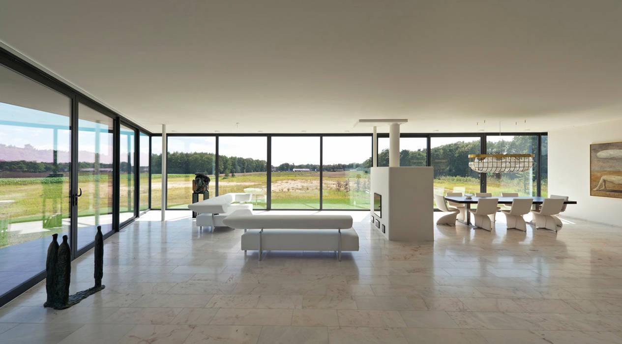 Salas de estar modernas por 123DV Moderne Villa's Moderno