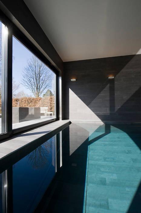 East West Villa:  Zwembad door 123DV Moderne Villa's,