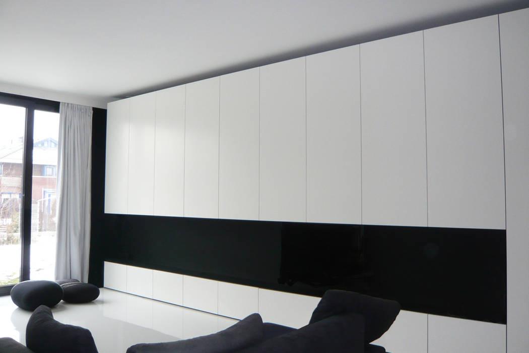 Walls by 123DV Moderne Villa's, Modern