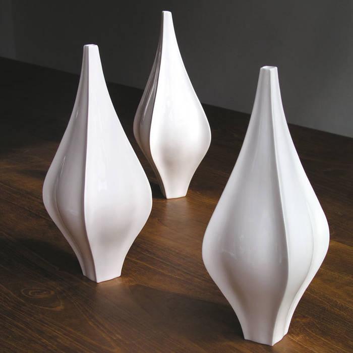Finn Vase by Bromley & Bromley