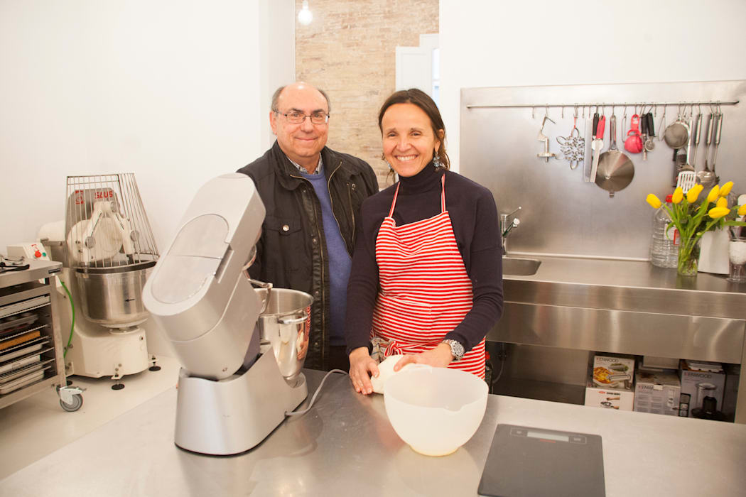 Foto de Giovanna Peracchia con Xavier Torres de Fdesignstudio: Cocinas de estilo industrial de F Design Studio