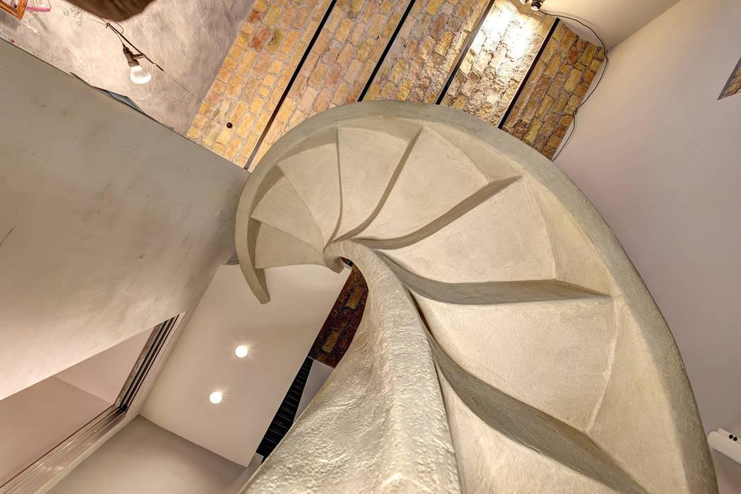 Endüstriyel Koridor, Hol & Merdivenler MOB ARCHITECTS Endüstriyel