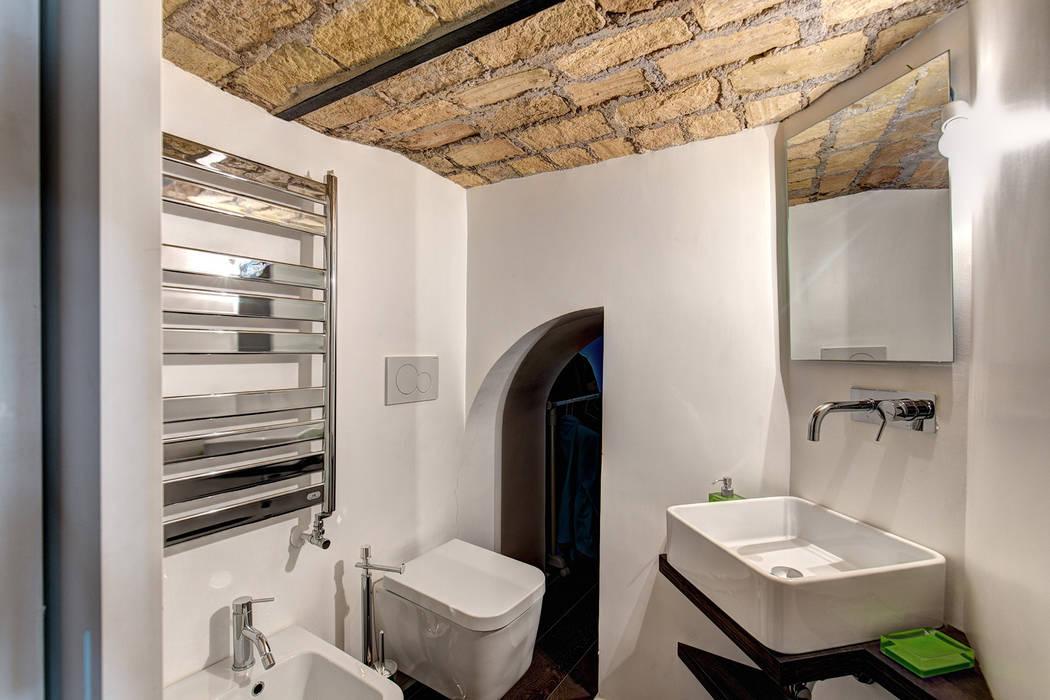 Endüstriyel Banyo MOB ARCHITECTS Endüstriyel
