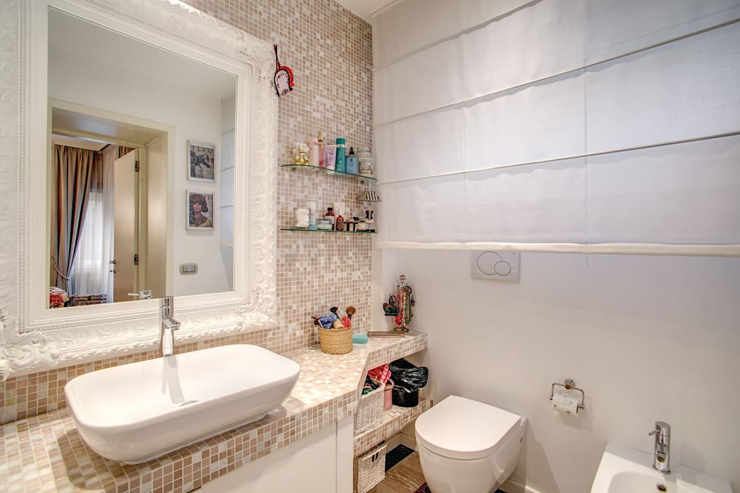 Ванные комнаты в . Автор – MOB ARCHITECTS, Модерн