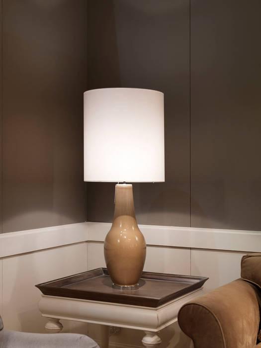 LAMPADA CULT: Allestimenti fieristici in stile  di Marioni srl