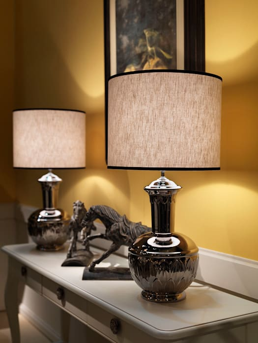 LAMPADA MARIONI: Allestimenti fieristici in stile  di Marioni srl
