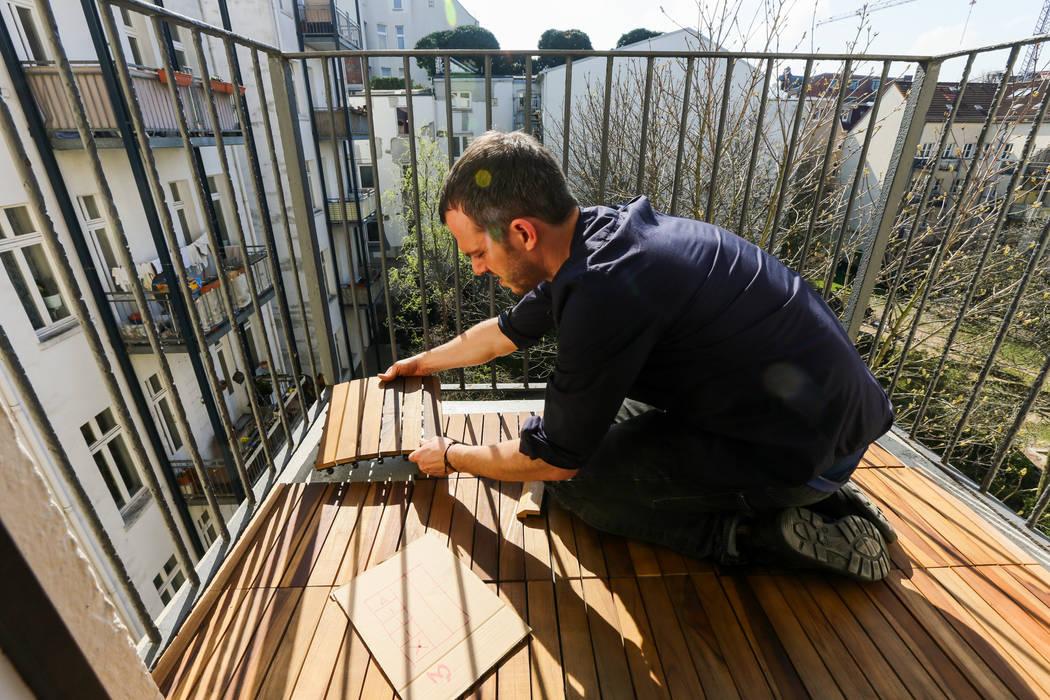 Balcones y terrazas de estilo  de DIE BALKONGESTALTER