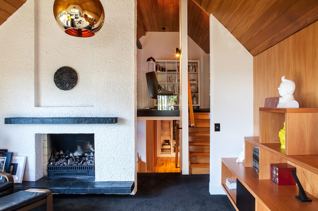 Living room by Dorrington Atcheson Architects