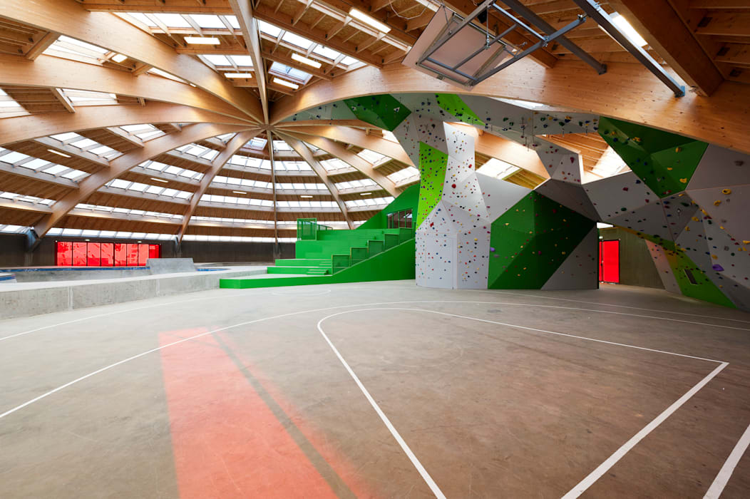 StreetDome Salle de sport moderne par CEBRA Moderne