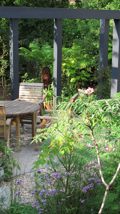 Contemporary Pergola Garden Modern garden by Fenton Roberts Garden Design Modern