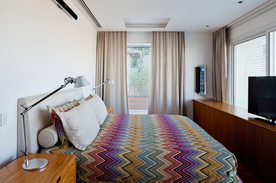 Mirante House Habitaciones modernas de Gisele Taranto Arquitetura Moderno