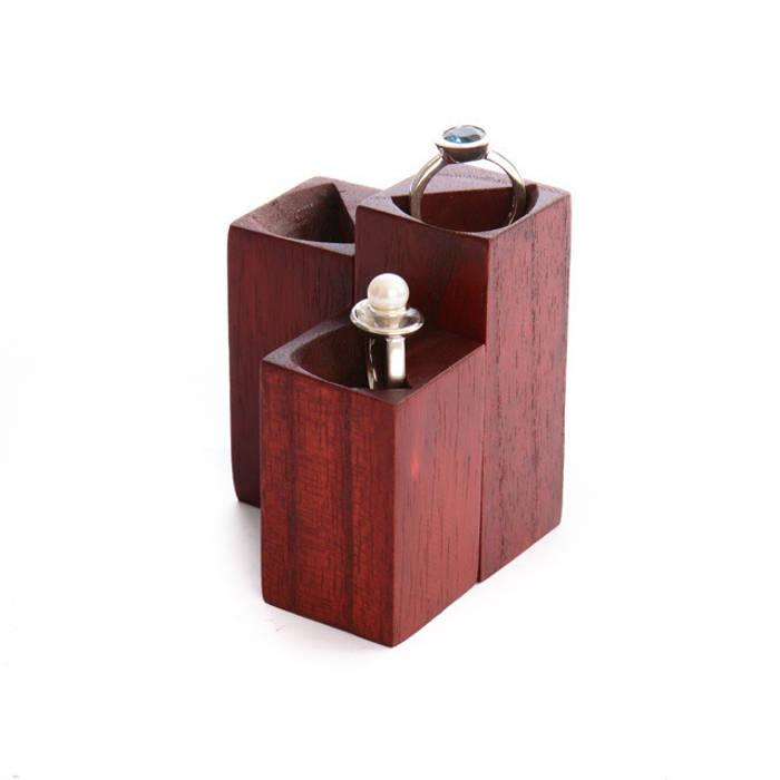 ring stand, ring holder , set of 3 sizes for 3 rings de Alkita GmbH Moderno