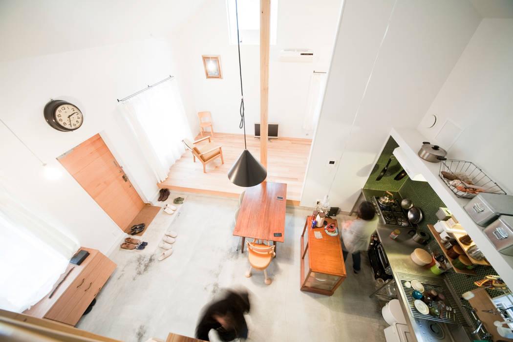 straight design lab Scandinavian style living room