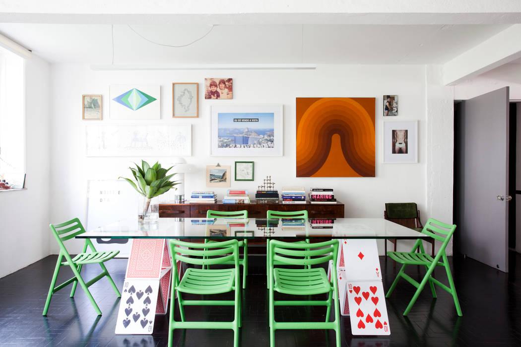 ANTONIO CARLOS RESIDENCE Eclectic style dining room by Mauricio Arruda Design Eclectic