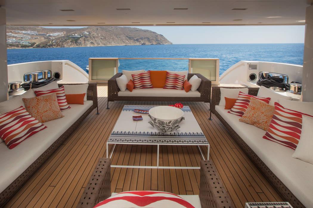 M/Y Saramour Yacht & Jet in stile mediterraneo di CRN SPA - YACHT YOUR WAY- Mediterraneo