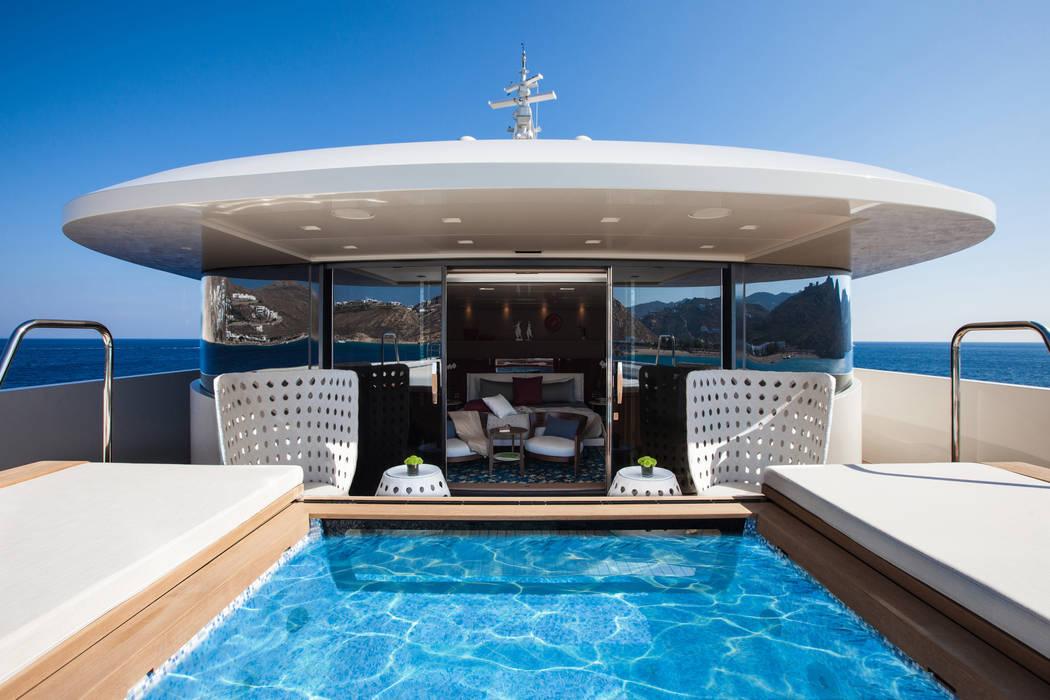 M/Y Saramour Yates y jets de estilo mediterráneo de CRN SPA - YACHT YOUR WAY- Mediterráneo