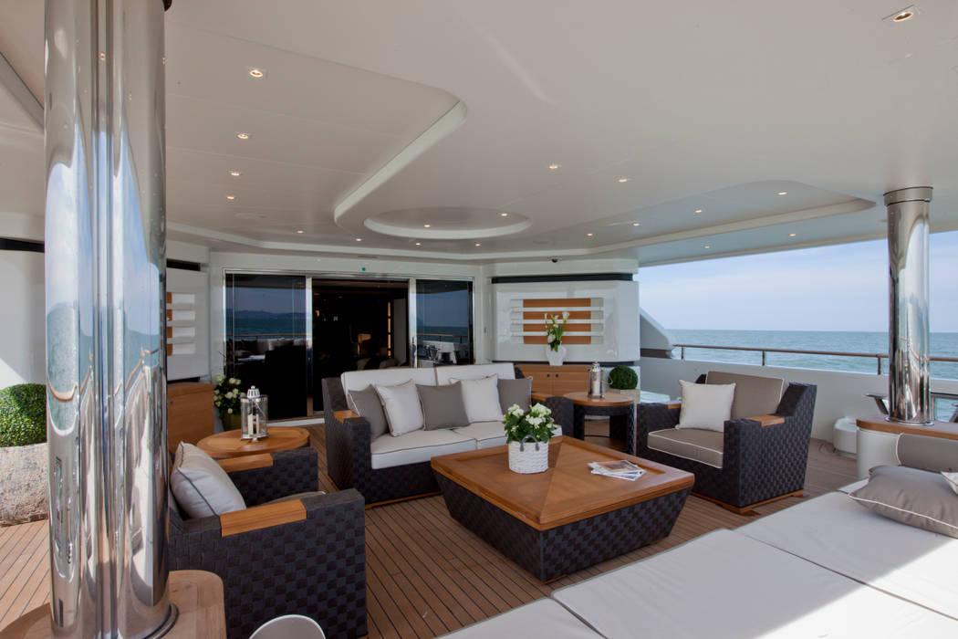 هواپیما و قایق های شخصی توسطCRN SPA - YACHT YOUR WAY- , مدیترانه ای