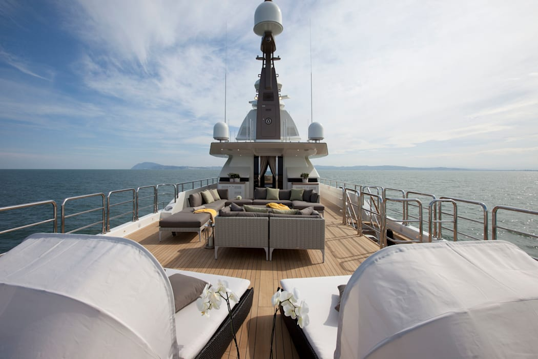 Mediterranean style yachts & jets by CRN SPA - YACHT YOUR WAY- Mediterranean