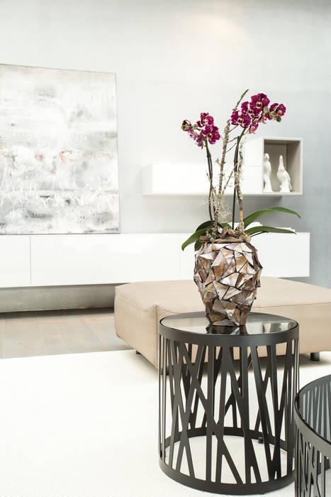 COAST Orchideengefäß - ein schöner Eyecatcher auf Tischen, Fensterbänken & Sideboards von homify Ausgefallen