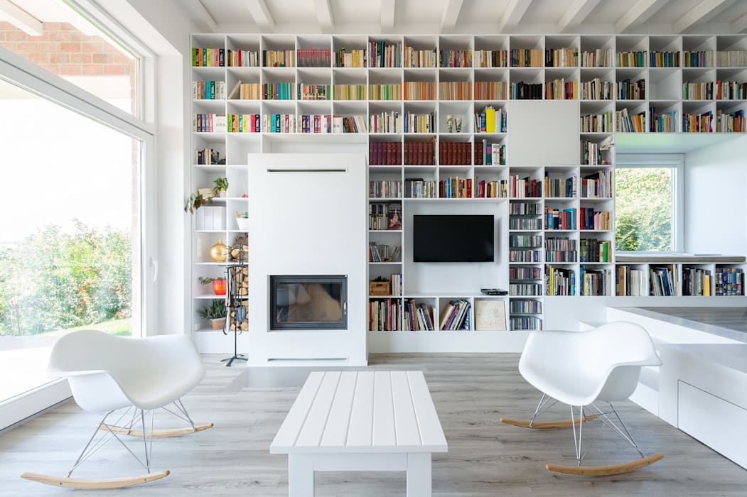 Living room by Földes Architects,