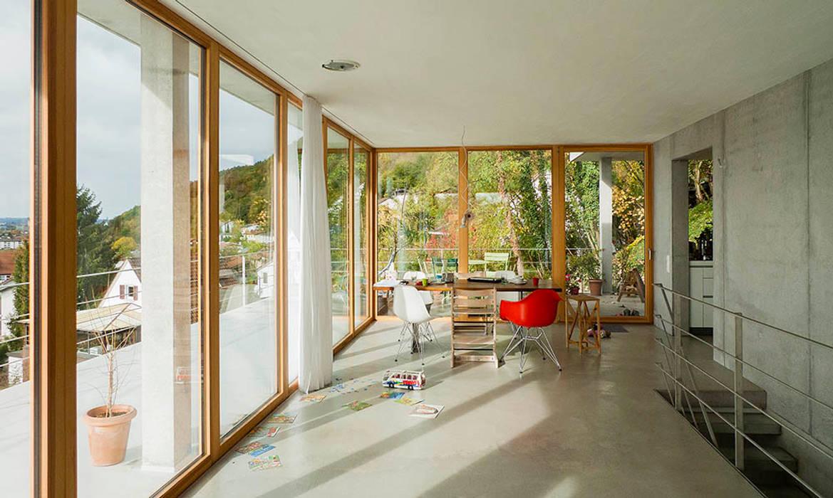 Modern Dining Room by GIAN SALIS ARCHITEKT Modern