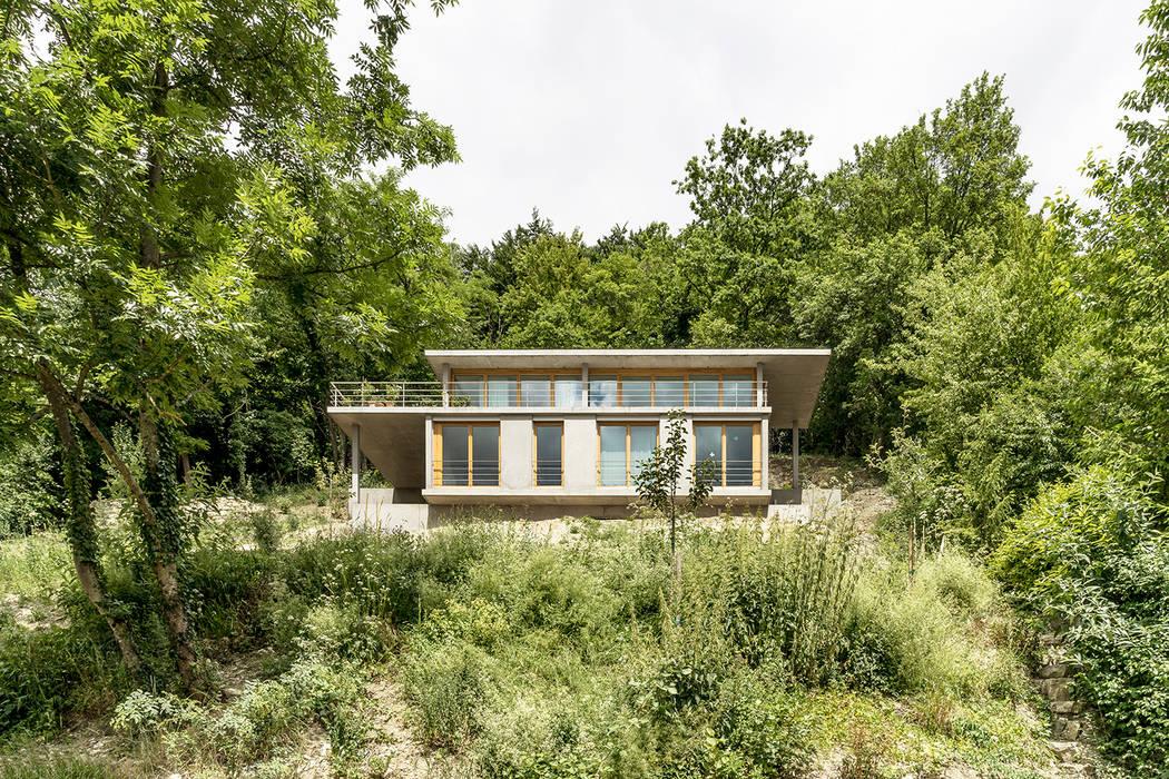 GIAN SALIS ARCHITEKT Modern home