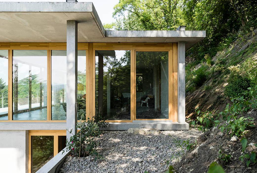 Casas modernas de GIAN SALIS ARCHITEKT Moderno