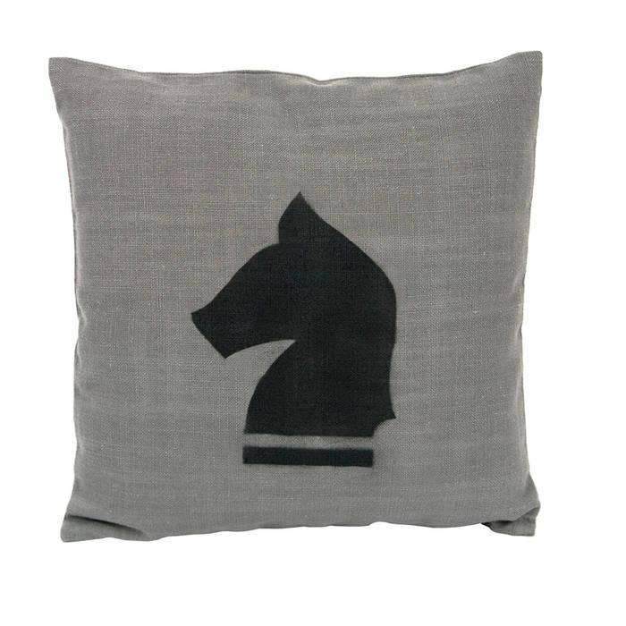 a cushion par Gie El Home Classique