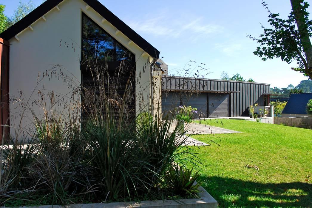Jardin à Morgat par A3PAYSAGE Moderne