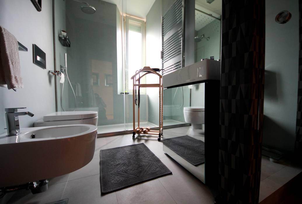 Bagno di servizio laccato grigio bagno in stile di falegnameria