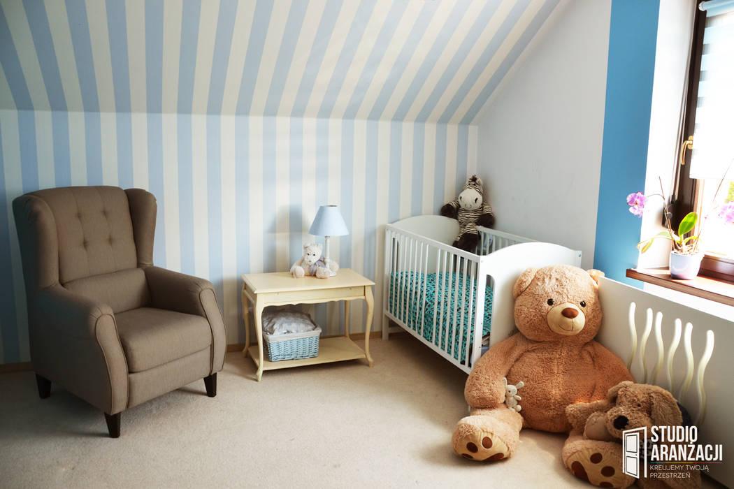 Nursery/kid's room by Studio Aranżacji Agnieszka Adamek, Classic