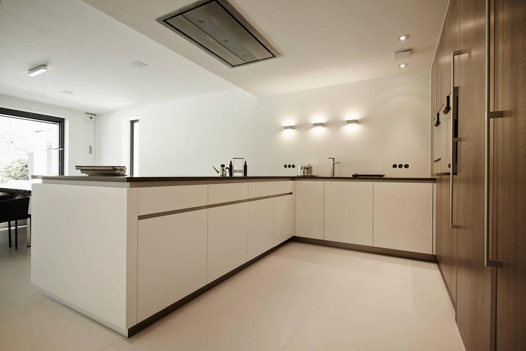 Referenzprojekt Schmalenbach Design Moderne Schlafzimmer von HOME Schlafen & Wohnen GmbH Modern