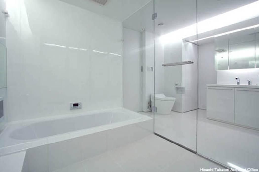 tah 鷹取久アーキテクトオフィス ミニマルスタイルの お風呂・バスルーム