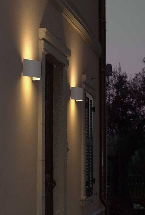 Balconies, verandas & terraces  by Cabelli France