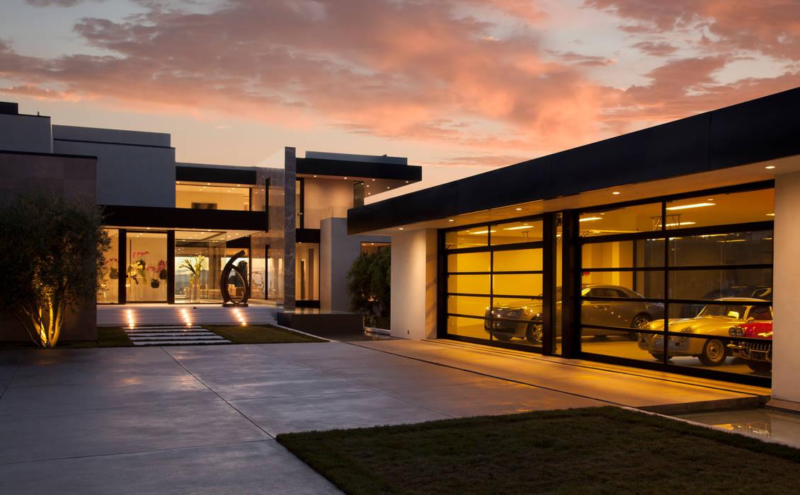 SUNSET STRIP RESIDENCE Modern houses by McClean Design Modern