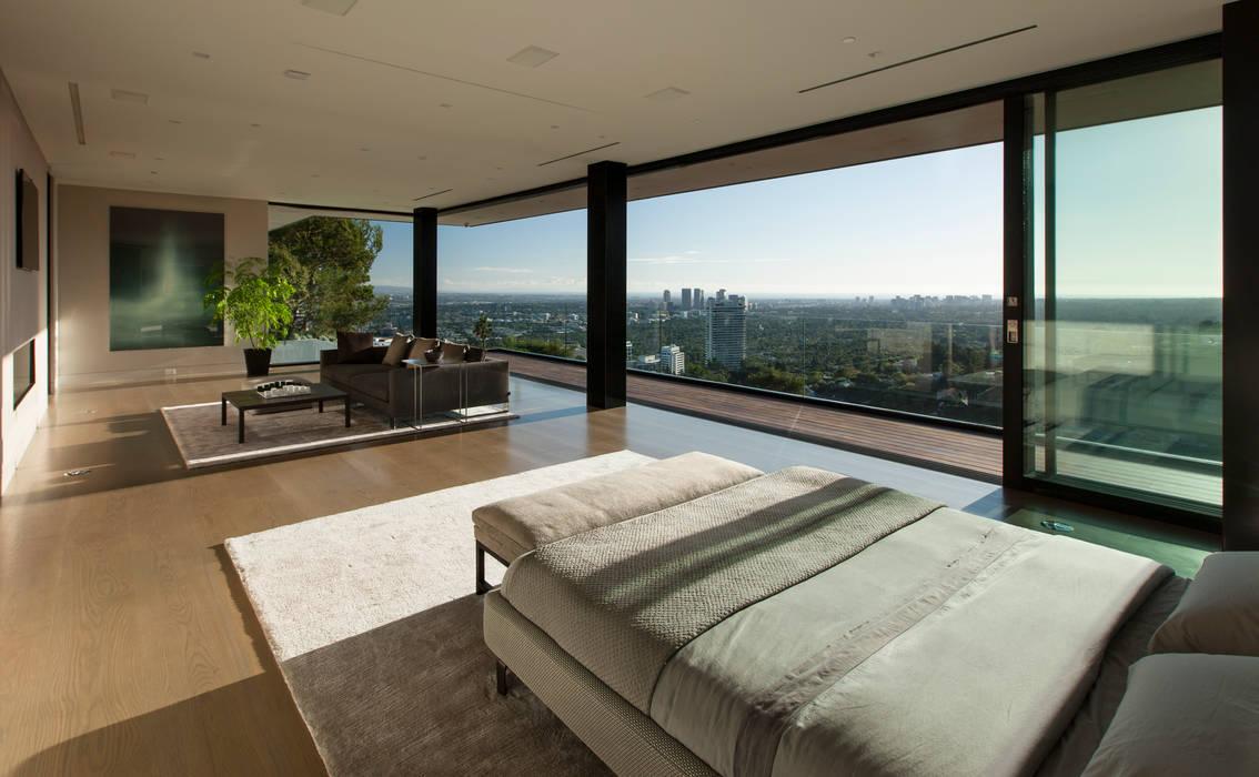 Dormitorios de estilo  de McClean Design