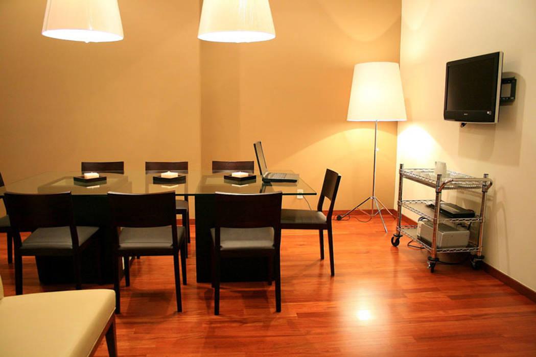 Dining room by Serrano Monjaraz Arquitectos