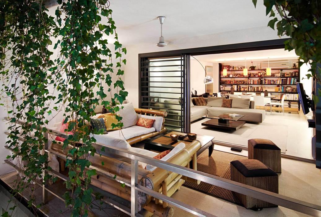 Patios & Decks by FANSTUDIO__Architecture & Design, Modern