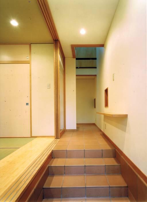真島元之建築設計事務所 Majima Motoyuki Architect:  tarz Evler,