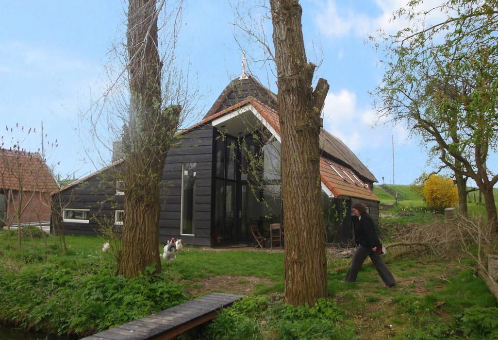 woonboerderij:  Woonkamer door No Label, Modern