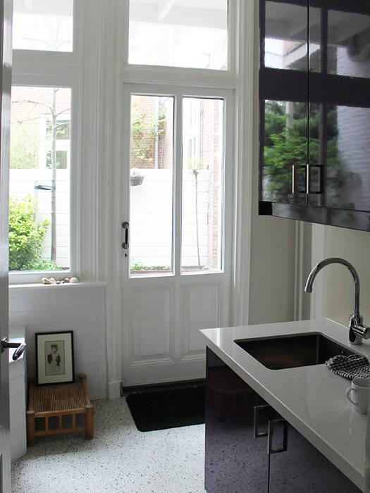 interieur woonhuis :  Keuken door No Label