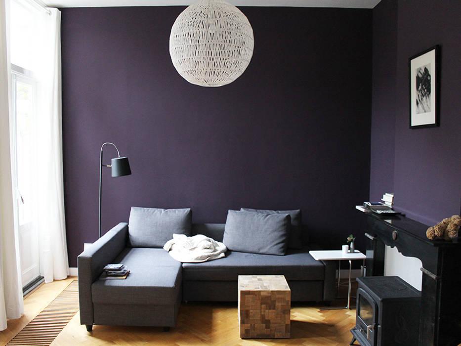 interieur woonhuis :  Woonkamer door No Label
