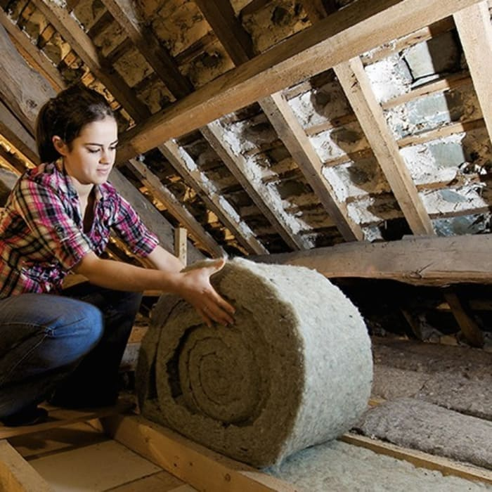 Roof insulation:   by Absolute Project Management