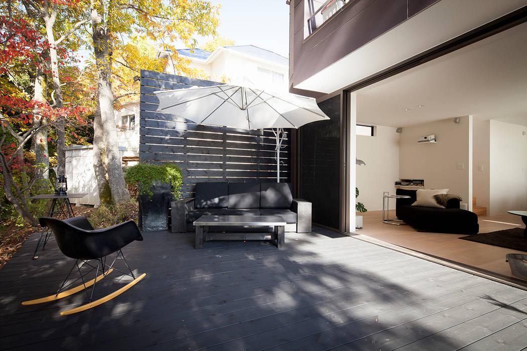 森の緑を楽しむみんなの集まる家 オリジナルな 家 の ラブデザインホームズ/LOVE DESIGN HOMES オリジナル