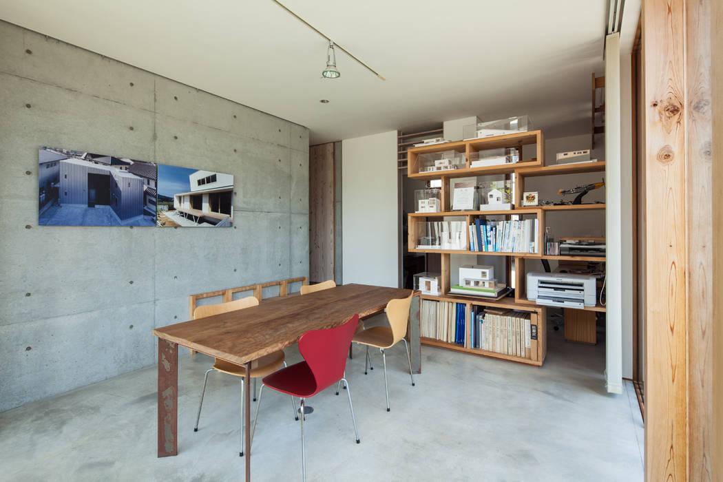 アトリエ(仕事のスペース) ミニマルな 家 の 川添純一郎建築設計事務所 ミニマル